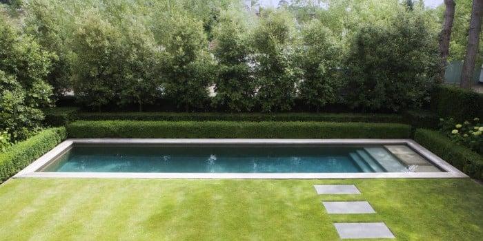 <p>zwembad in zichtbeton</p>