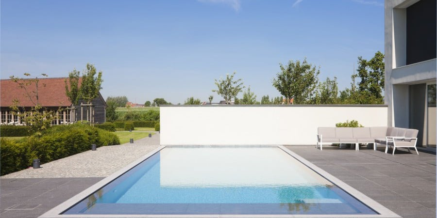 <p>overloopzwembad op zonneterras</p>